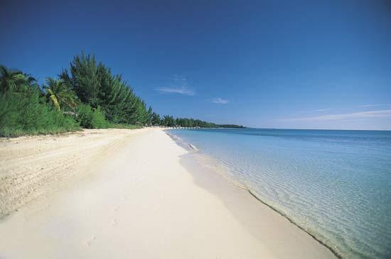 在大巴哈马群岛上有一个奇特的火湖