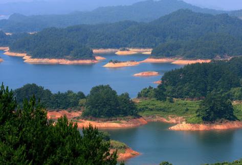"""在农夫山泉""""里嬉水——千岛湖旅游攻略"""