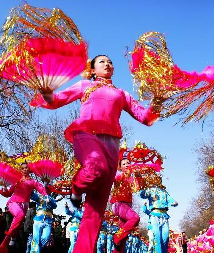 <b>中国秧歌节在山东胶州开幕各项活动持续到6月上旬</b>