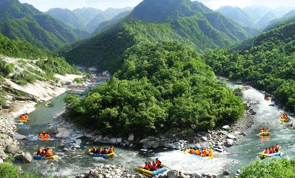 宝天曼_漂流距郑州公里数:约300km,车程5个半小时,再开1小时即到宝天曼景区