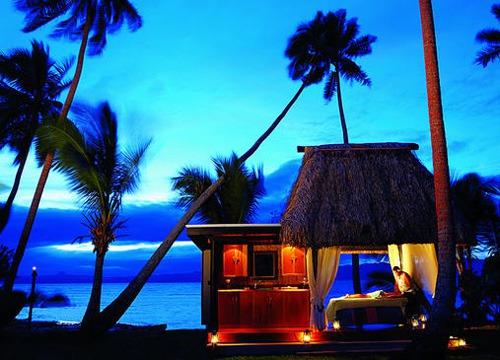 """斐济享受纯度假""""的时光"""