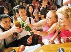 <b>到深圳世界之窗体验啤酒节将冰凉酷爽进行到底</b>