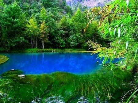 旅游资讯  旅游+ 资讯详情    水春河风景区:全长6公里,是小七孔风景