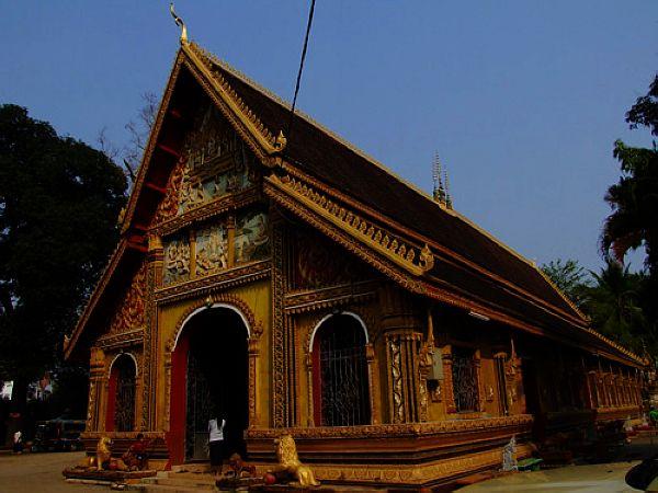 游老挝玉佛寺品味不一样的博物馆
