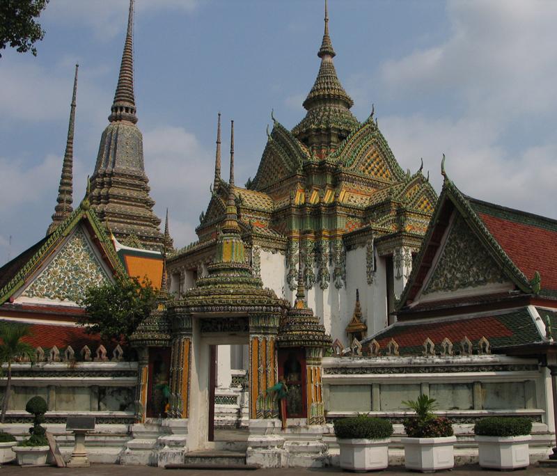 游泰国最大庙宇卧佛寺 净化尘世心灵
