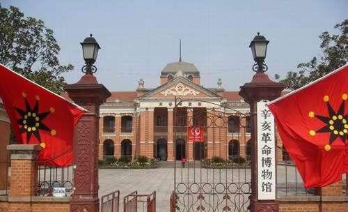 武汉六月有什么好玩的地方?