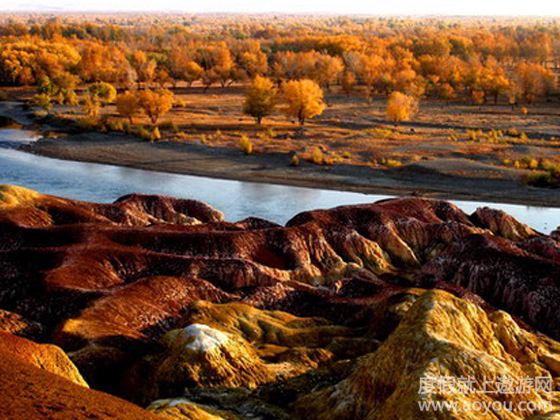 天池风景区以其高山湖天池—瑶池而举世称奇.
